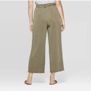 Universal Thread Pants - Universal Thread Wide Leg Size XL Army Green